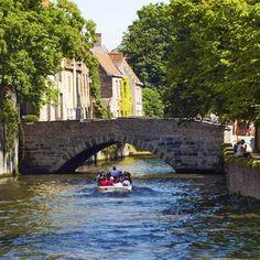 Doce ciudades con canales para recorrer en barco, otra forma de moverse por el mundo