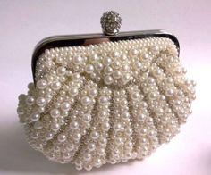 New-handmade-Crystal-Pearl-Shell-Shap-Beaded-Bridal-Evening-wedding-handBag