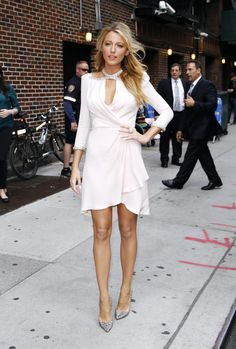 Blake Lively media gallery on Coolspotters. See photos, videos, and links of Blake Lively. Style Blake Lively, Blake Lively Moda, Blake Lively Fashion, Blake Lively Outfits, Blake Lively Dress, Estilo Gossip Girl, Gossip Girls, Jenny Packham Dresses, Inspiration Mode