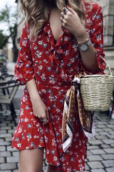 Trend Reality Check: Birkin Basket Bags | Spring Outfit 2017 with red ruffle Dress and basket