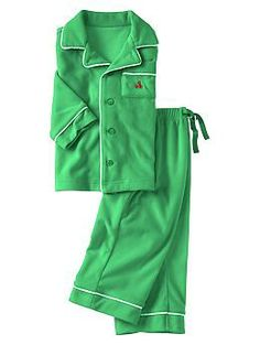Green fleece unisex pjs.
