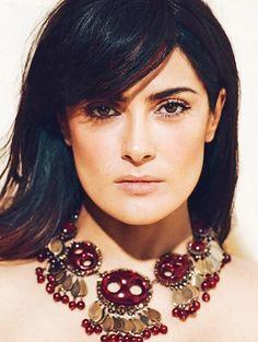 Salma Hayek Pretty Natural Makeup Look | Salma Hayek Hairstyles: Straight Haircut with Bangs