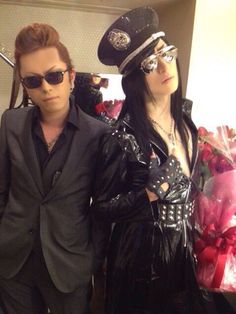 Omg, wow ASAGI nailed military style! Just loving this pic. Hide-zou isn't bad either.