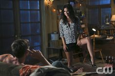 """I\'ll goHart of Dixie -- """"Kablang"""" -- Image Number: HA401a_0273b.jpg -- Pictured (L-R): Wilson Bethel as Wade (back to camera) and Rachel Bilson as Dr. Zoe Hart -- Photo: Patrick Wymore/The CW -- © 2014 The CW Network, LLC. All rights reserved.pn"""
