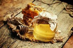 Как проверить мёд на качество?
