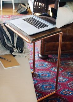 Trendspotting: Copper! Add this popular accent to your home with an easy project. Try this DIY Copper Laptop Table. Click through for directions. Copper Pipes, Laptop Desk, Laptop Tray, Laptop Table, Diy Laptop Stand, Pipe Table, C Table, Wood Table, Table Maker