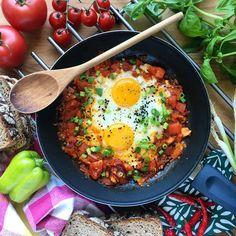 3 pomysły na śniadania białkowo-tłuszczowe do 300 kcal. Pa, pa nudne kanapki!