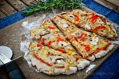 Amazing Gluten free Vegan pizza recipe. Haven't tried this yet but want to.