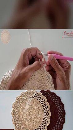 Crochet Cushion Cover, Crochet Cushions, Crochet Baby, Knit Crochet, Debbie Macomber, Crochet Ornaments, Diy Canvas Art, Crochet Videos, Vintage Crochet