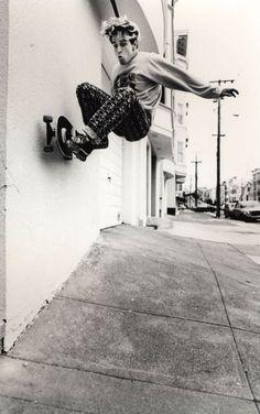 Jim Thiebaud Skateboarding Photo 18 x 24 Inch Paper - Skate Photo Skate Longboard, Skateboard Mag, Skateboard Pictures, Skate Photos, Old School Skateboards, Skate And Destroy, Skate Shop, Foto Fashion, Skate Style