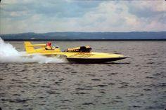 Again U-40 Miss Bardahl,  before checker boarding on test run Lake Washington Seattle, Wa.  -  Copyright Protected