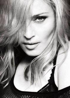Madonna (Pop, dance, electrónica, rock, new wave) Black Eyed Peas, Nicole Scherzinger, Madonna Quotes, Daniela Mercury, La Madone, Hollywood, Victoria Secrets, Famous Faces, New Wave