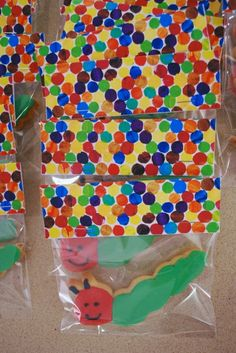 I'm going to be making these for N's 2nd birthday - now to find a caterpillar cookie cutter!