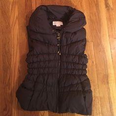 Michael Kors Vest Gorgeous brown puffer vest by MK. Like new, size XL Michael Kors Jackets & Coats Vests