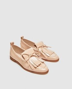Tendance Chaussures 2017/ 2018 : ZARA  WOMAN  LOAFERS WITH BOW DETAIL