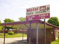 Former Motel On Edge Of Carroll Iowa Has Been Replaced Within The Last Few Years With A Dental Office Pictures Are Just Weeks Before Hotel And