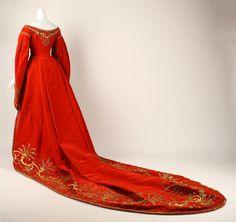 Русское придворное платье