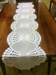 Horgolt asztali futó - Kötés - Horgolás