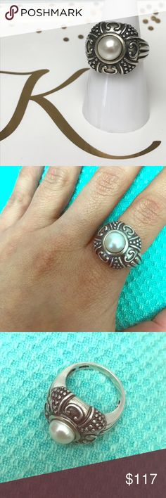 ST 925 & pearl ring 💍 High quality and beautiful ring  ✅check out the rest of my closet.                               ✅check my shop discount for current offers bundle. ✅offers welcome, use the offer button (I will not respond to offers in the comments)                                      ✅feedback is appreciate.🚫no trades 🚫no holding   🚫no lowball offers Poshmark  keeps 20%‼️                                                                    💓have a great day ☀️🌈💓Kelly 💓 Jewelry…