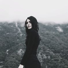 Segovia Amil,девушка