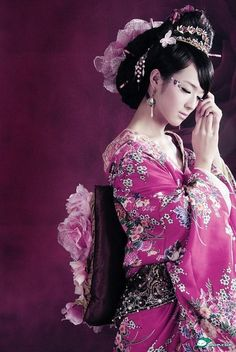 beautiful geisha dress ♥