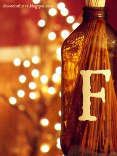 21 pretty things to do with bottles