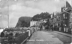 Shaldon Parade - The Strand - old postcard Michael Carter, Devon And Cornwall, Old Postcards, Scotland, To Go, Street View, Places, Travel, Viajes