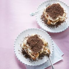 Tiramisu with dark chocolate - Recipe Guide Dark Chocolate Recipes, Chocolate Cheese, Chocolate Espresso, Food Porn, Coffee Cream, Nutrition, Liqueur, Calories, Ethnic Recipes