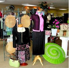 What's a swing shop? Why, the highest-grossing area of your consignment or resale shop. Auntie Kate of TGtbT.com explains... (PS Thanks to Lina Beth's in Ocala FL for putting this pretty example together!)