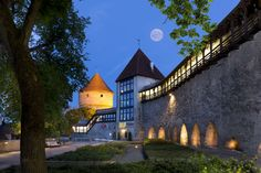 Like any old city Tallinn has its fare share of ghost stories and legends.