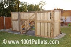 4728013117 7a585bee7f z 600x401 Pallets Playhouse in pallet outdoor project  with Playhouse Pallets