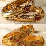 6 Gold Antique Bangles Designs from Manubhai
