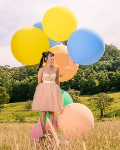 Love, Lil Concepts - For lovers of funfetti, cake, floral creations and DIY styling Giant Balloons, Pastel Palette, Big And Beautiful, Concept, Photoshoot, Nice, Lady, Funfetti Cake, Floral