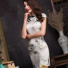 qipao silk oriental dress            https://www.ichinesedress.com/