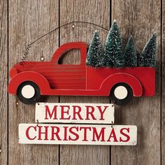 Merry Christmas Truck Sign is a homey Christmas sign. For more Vintage Inspired Christmas decorations, visit Antique Farmhouse today. Christmas Red Truck, Christmas Door, Christmas Signs, All Things Christmas, Merry Christmas, Xmas, Christmas Wood Crafts, Christmas Projects, Holiday Crafts