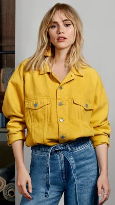 Watch actor-slash-model Suki Waterhouse take on the season's most covetable denim trends. Indulge in bright dyes, distressed classics and the non-fading must-have: the denim cultottes.
