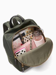 watson lane hartley by kate spade new york Stylish Backpacks, Cute Backpacks, Uni Bag, Inside My Bag, Backpack Organization, Backpack Travel Bag, Travel Bags, College Bags, What In My Bag