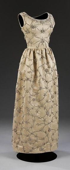 Cristobal Balenciaga - August 1959 - Cristóbal Balenciaga - Embroidered gazar evening dress - Victoria and Albert Museum, London