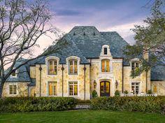 4923 Deloache Avenue Dallas 75220 - Briggs Freeman Sotheby's luxury home for sale in Dallas Fort Worth - exterior Luxury Homes Exterior, Dream House Exterior, Exterior Design, French Country House, French Farmhouse, French Exterior, French Style Homes, Villa, Boho Home