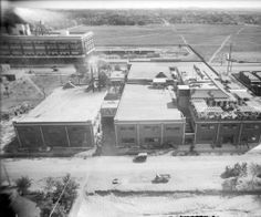 Gates Rubber Co. ~ Denver Colorado ~ 1930 - My sister used to call this Gates Rumpany Company! Living In Colorado, Colorado Homes, Denver Colorado, Rubber Company, Louisiana Purchase, A Moment In Time, Mountain High, Beavers, Old West