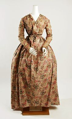 """Botanical-print cotton and linen dress, British, 1795-1800."""