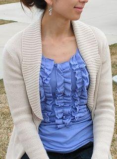 Tea Rose Home: Tutorial~Ruffle shirt~ Why Not Vertical recycle - remake t-shirt Ruffle Shirt, T Shirt Diy, Diy Clothing, Sewing Clothes, Refashioning Clothes, Clothes Refashion, Modest Clothing, Vintage Clothing, Rosa T Shirt