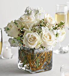 What a gorgeous Winter Wedding bouquet