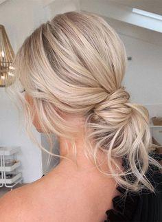 Bun Hairstyles For Long Hair, Bride Hairstyles, Summer Hairstyles, Hair In A Bun, Messy Hair Buns, Long Hair Buns, Updos For Fine Hair, Formal Hair Down, Textured Hairstyles