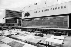 Find the perfect 1964 birmingham stock photo. Birmingham Bull Ring, Birmingham Uk, Northfield Birmingham, Urban Intervention, Googie, Shopping Center, Day Trips, Sculptures, Photo Wall