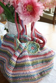 crocheted bag with pattern from Lucy at Attic24