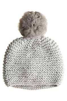 lovely pom pom hat.