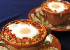 Huevos A La Andaluza: Una Receta Típica y Tradicional Dairy Free Recipes, Great Recipes, Favorite Recipes, Crepes, Cooking Recipes, Healthy Recipes, Spanish Food, Sweet And Salty, Brunch