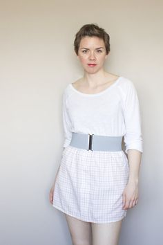 wide grey elastic cinch belt for women with black clasp Hourglass Figure, White Ribbon, Belts For Women, Perfect Fit, Super Cute, Victoria, Tunic, Stylish, Grey
