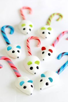 Candy Cane Mice How-To ~ made with meringue and candy canes